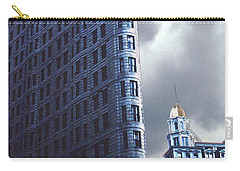 Carry-all Pouch featuring the photograph Blue Glow Flatiron Building New York by Tom Wurl