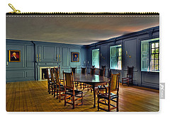 Carry-all Pouch featuring the photograph Blue Room Wren Building by Jerry Gammon