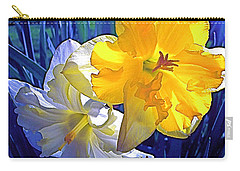 Carry-all Pouch featuring the photograph Daffodils 1 by Pamela Cooper