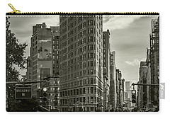 Flatiron Building - Black And White Carry-all Pouch