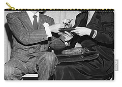 Frank Sinatra Signs For Fan Carry-all Pouch by Underwood Archives