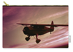 Carry-all Pouch featuring the photograph Howard Dga by Greg Reed
