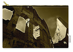 Carry-all Pouch featuring the photograph Il Colosseo by Micki Findlay