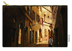 Carry-all Pouch featuring the photograph Il Turista by Micki Findlay