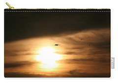 Carry-all Pouch featuring the photograph Into The Sun by David S Reynolds