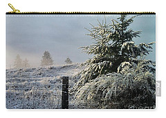 Carry-all Pouch featuring the photograph Moment Of Peace by Rory Sagner