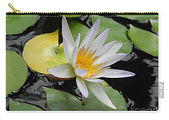 Carry-all Pouch featuring the photograph Natures Beauty by Chrisann Ellis