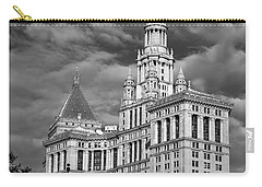 New York Municipal Building - Black And White Carry-all Pouch