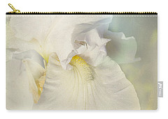Carry-all Pouch featuring the photograph Pearl by Elaine Teague