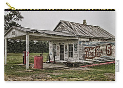Red Lyon Country Store Carry-all Pouch by Victor Montgomery
