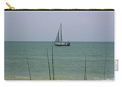 Carry-all Pouch featuring the photograph Sailing In The Gulf by D Hackett
