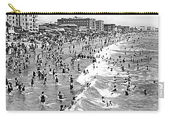 Santa Monica Beach In December Carry-all Pouch by Underwood Archives