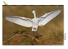 Carry-all Pouch featuring the photograph Snowy Wingspread by Bryan Keil