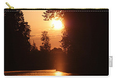 Carry-all Pouch featuring the photograph Sunset Over The Canals by Rogerio Mariani