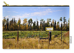 Carry-all Pouch featuring the photograph Vegetables For Sale by Cathy Mahnke