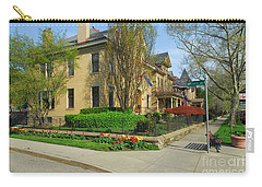 D47l-15 Victorian Village Photo Carry-all Pouch
