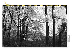 Carry-all Pouch featuring the photograph Lasting Leaves by Kathleen Grace