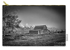 Moulton Barn Bw Carry-all Pouch
