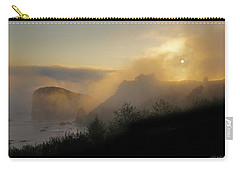 Carry-all Pouch featuring the photograph Sunset At Harris Beach by Mick Anderson