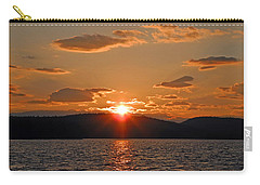 Carry-all Pouch featuring the photograph Sunset by Lynda Lehmann
