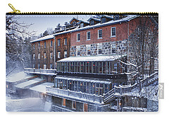 Carry-all Pouch featuring the photograph Wakefield Inn by Eunice Gibb