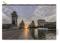 Heart Of The City Carry-all Pouch by Everet Regal
