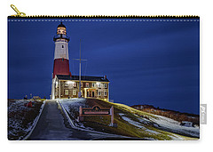 Carry-all Pouch featuring the photograph Montauk Point Lighthouse by Susan Candelario