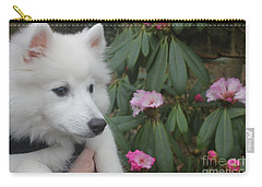 Carry-all Pouch featuring the photograph Daisy by David Grant