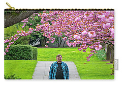 #2300 Carry-all Pouch by Chuck Flewelling