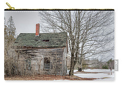Carry-all Pouch featuring the photograph Maine Vacancy by Richard Bean
