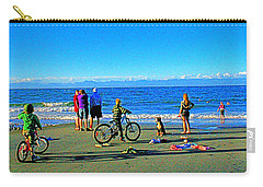 A Canadian Beach Carry-all Pouch
