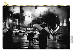 A Foggy Night In New York Town - Checkered Umbrella Carry-all Pouch