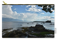 Amazing Views Of The Sky And Ocean From Bustin's Carry-all Pouch