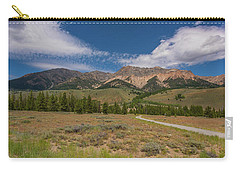 Carry-all Pouch featuring the photograph Approaching The Sawtooth Mountains by Brenda Jacobs