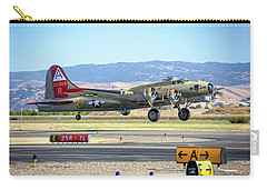 B17 Flying Fortress Takeoff At Livermore Carry-all Pouch