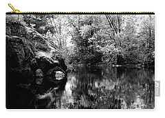 Black River 6 Carry-all Pouch