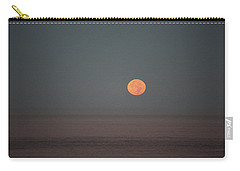 Carry-all Pouch featuring the photograph Blood Moon Over The Pacific by Hugh Smith
