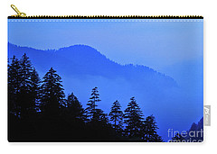 Carry-all Pouch featuring the photograph Blue Morning - Fs000064 by Daniel Dempster