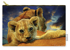 Born Free IIi Carry-all Pouch