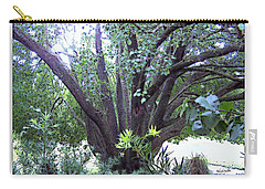 Bradford Carry-all Pouch