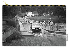 Carry-all Pouch featuring the photograph Brookfield, Vt - Floating Bridge 3 Bw by Frank Romeo