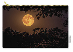 Carry-all Pouch featuring the photograph Buck Moon 2016 by Everet Regal