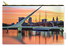 Carry-all Pouch featuring the photograph Buenos Aires 0016 by Bernardo Galmarini