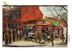 Carry-all Pouch featuring the photograph Car - Accident - Looking Out For Number One 1921 by Mike Savad