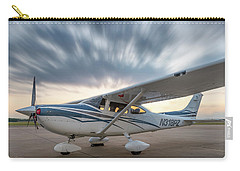 Cessna 182 On The Ramp Carry-all Pouch