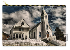 Carry-all Pouch featuring the photograph Church Of The Immaculate Conception Roslyn Wa by Jeff Swan