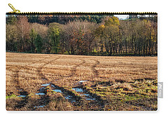 Carry-all Pouch featuring the photograph Clackmannan Tower In Central Scotland by Jeremy Lavender Photography