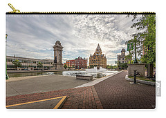 Carry-all Pouch featuring the photograph Clinton Square by Everet Regal