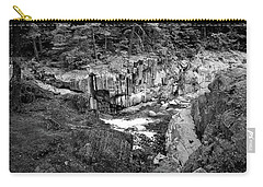 Carry-all Pouch featuring the photograph Coos Canyon 1553 by Guy Whiteley
