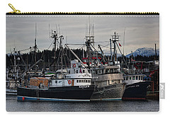 Carry-all Pouch featuring the photograph Discovery Harbour by Randy Hall